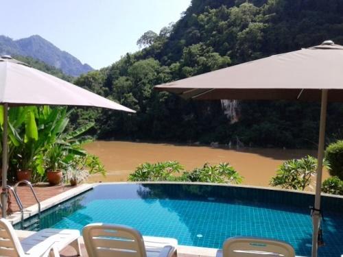 Unterkunft am Nam Ou Fluss in Nong Khiaw