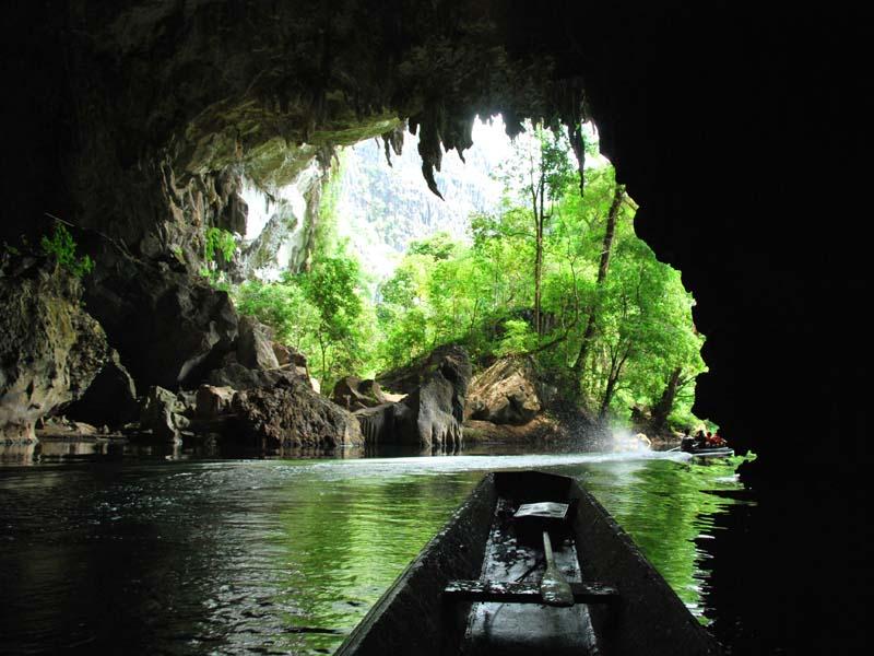 Ausflug zur Kong Lor Höhle bei Thakhek