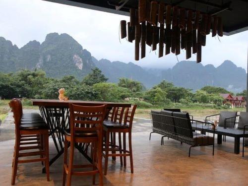 Restaurantbereich in Vang Vieng
