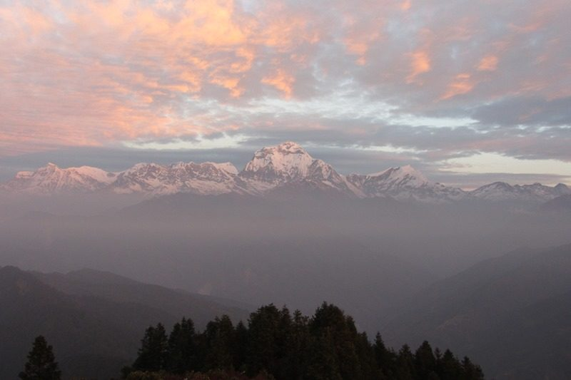 Wunderbarer Ausblick zum Sonnenaufgang am Poon Hill