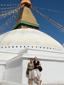 Frischgestrichene Boudhanath-Stupa in Kathmandu