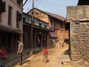 3 Wochen Nepal: Ursprüngliche Gasse in Bandipur