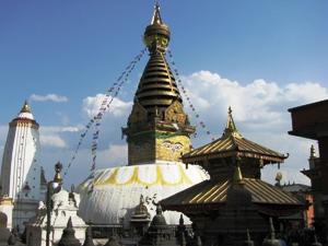 Kulturreise Nepal: Swayambunath - beeindruckender Stupa des Affentempels
