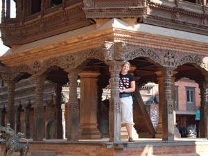 Tempel in Bhaktapur mit Holzschnitzereien