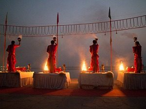 Aarti ceremonie - Ganges
