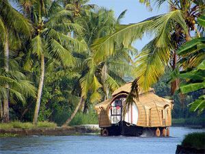 kerala houseboat backwaters India