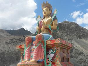 klooster boeddha nubra vallei