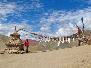 ladakh trek gebedsvlaggen tibet india
