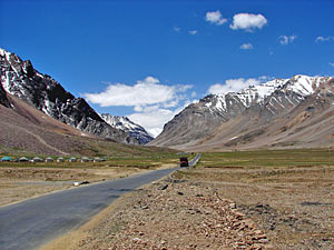 onderweg manali naar leh ladakh india