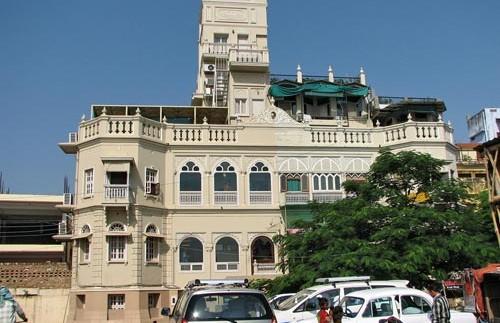 india varanasi palace front