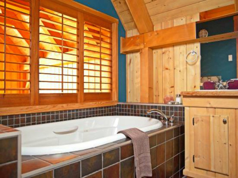 comfort stay Ucluelet