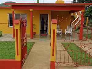 Ingang casa Vinales - reis Cuba