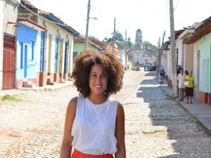 dayna-trinidad-cuba-kinderkopstraatjes-gekleurdehuizen