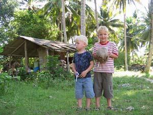 kampung voetbal kinderen gezinsreis maleisie