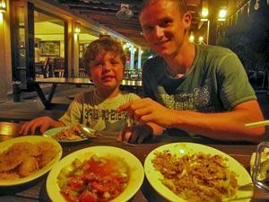 maleisie kinderen eten