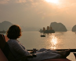 Bai Tu Long Bay tour