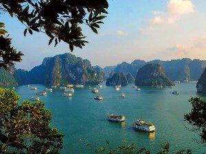Varen in Halong Bay en Bai Tu Long Bay