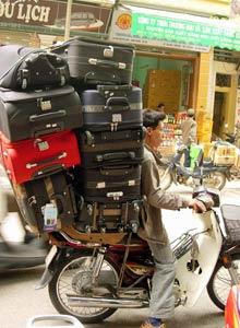 baggage brommer vietnam