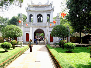 vietnam kids hanoi tempel