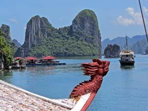 Het anker uit in Halong Bay
