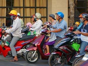 Ho Chi Minh City - Scooters locals