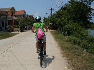 Vietnam-reis fietsen op het platteland