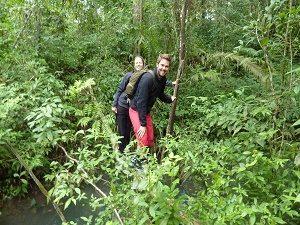 Trekking door jungle Dalat