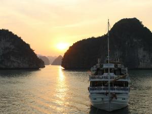 Vietnam bezienswaardigheden Halong Bay