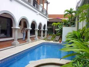 costa rica familie zwembad