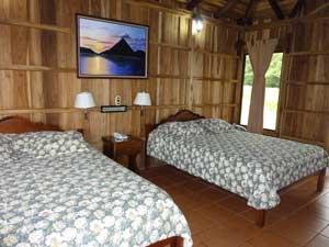 Badderen in La Fortuna Comfort - hotel kamer
