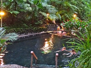 hotsprings-costa-rica-met-kinderen