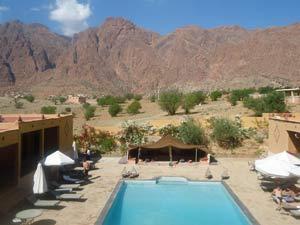 hotel Tafraoute met zwembad