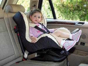 met kinderen naar bali autostoeltje