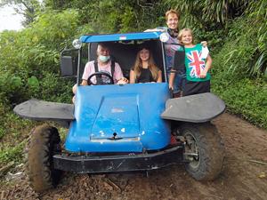 Buggy rijden met tieners - Lovina Bali