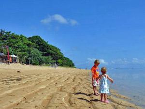 strand gezinsreis bali