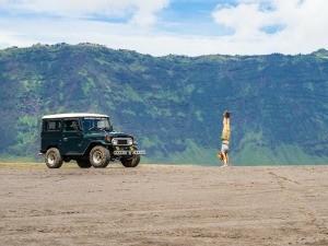 bromo-kids-jeep