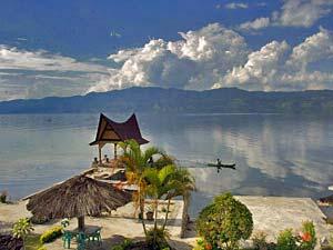 Tobameer met kinderen - Samosir Indonesië