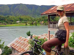 Samosir.toerist.fiets