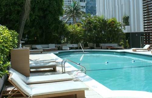 Amerika Miami met kinderen - Art deco hotel zwembad