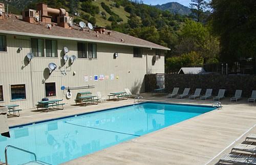 Yosemite gezinsreis - lodge zwembad