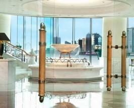 Lobby mit Springbrunnen