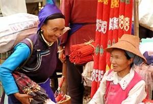 Besuchen Sie bunte Märte während Ihrer Südchinareisen