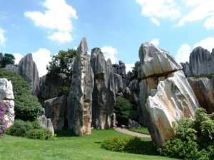 Ein Besuch des Steinwaldes in Kunming lässt sich gut nach Dali einplanen