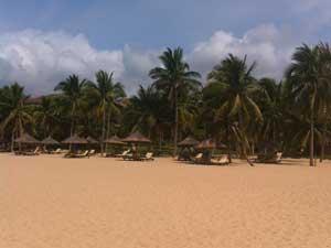 Strandliegen auf Hainan