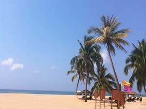Sandstrand auf Hainan