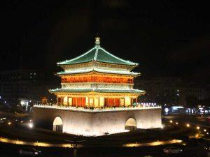 Der Trommelturm bei Nacht