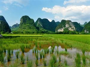 Floßfahrt auf dem Yulong Fluss
