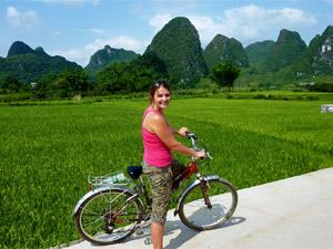 ...oder fahren Sie mit dem Rad durch die Karstbergregion bei Yangshuo