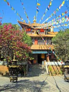 Tempel am Lashi See bei Lijiang