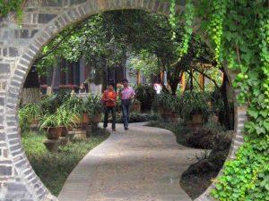 Gartenanlage vom Dafu Thatched Cottage